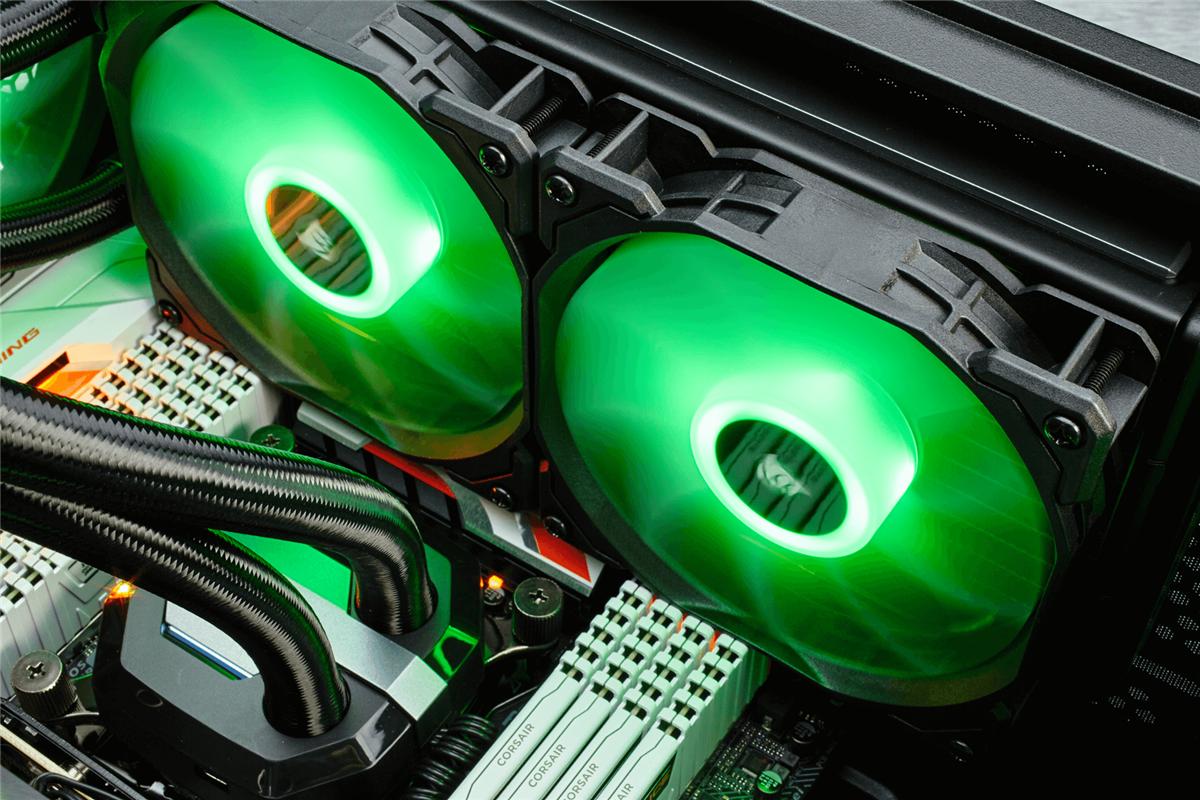 Hoher statischer Druck und anpassbare RGB LED-Beleuchtung
