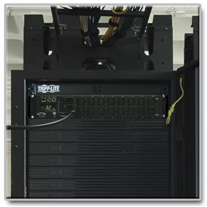 Efficient Switched Power Distribution for Network Equipment Racks