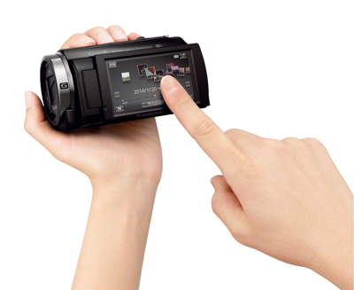 """3.0"""" Clear Photo Plus LCD<sup>™</sup> display (460K) touch screen"""