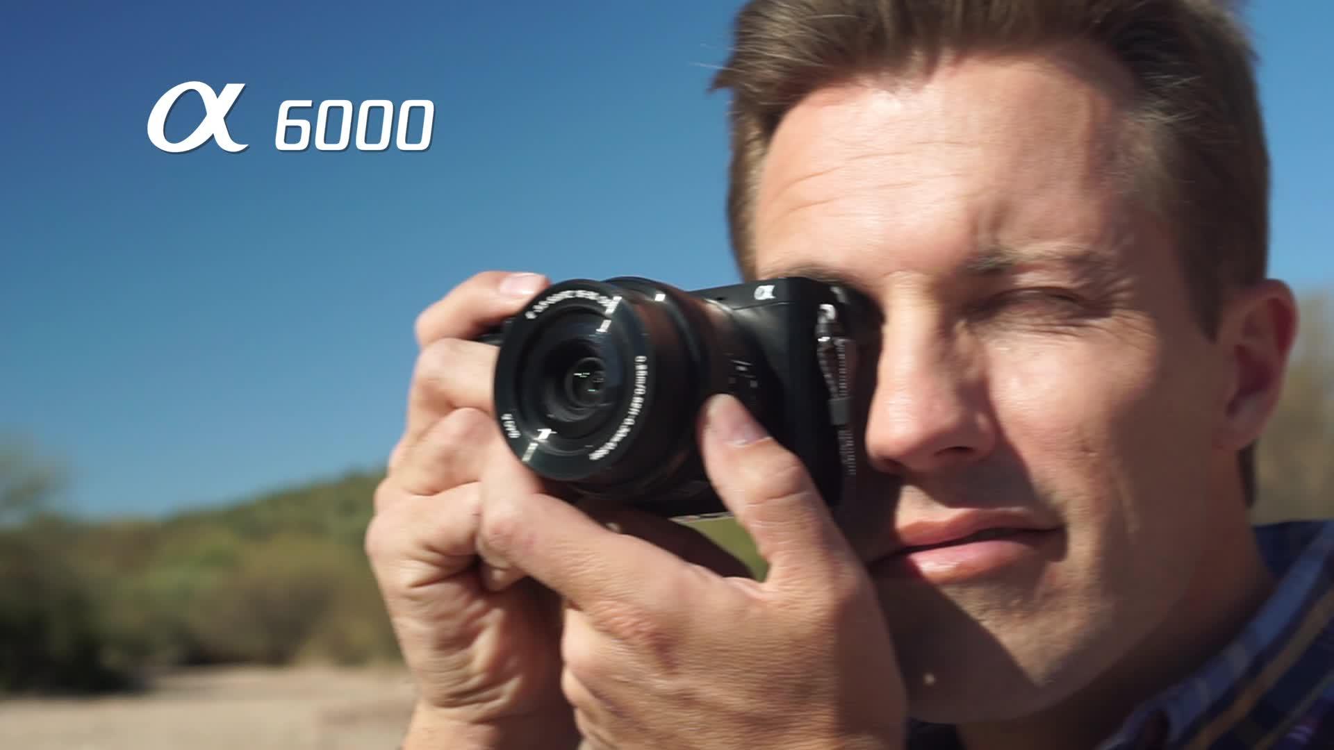 α6000 Mirrorless Interchangeable-lens Camera with 16-50mm and 55-210mm Lens