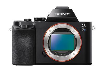 35mm sensor w/ large pixels for high-ISO & Dynamic Range