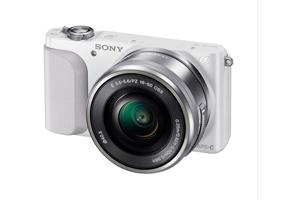 Alpha NEX-3N with 16-50mm Lens