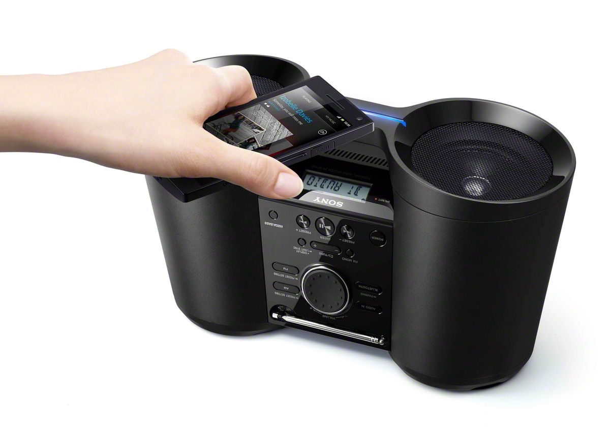 sony portable wireless bluetooth nfc fm radio boombox. Black Bedroom Furniture Sets. Home Design Ideas