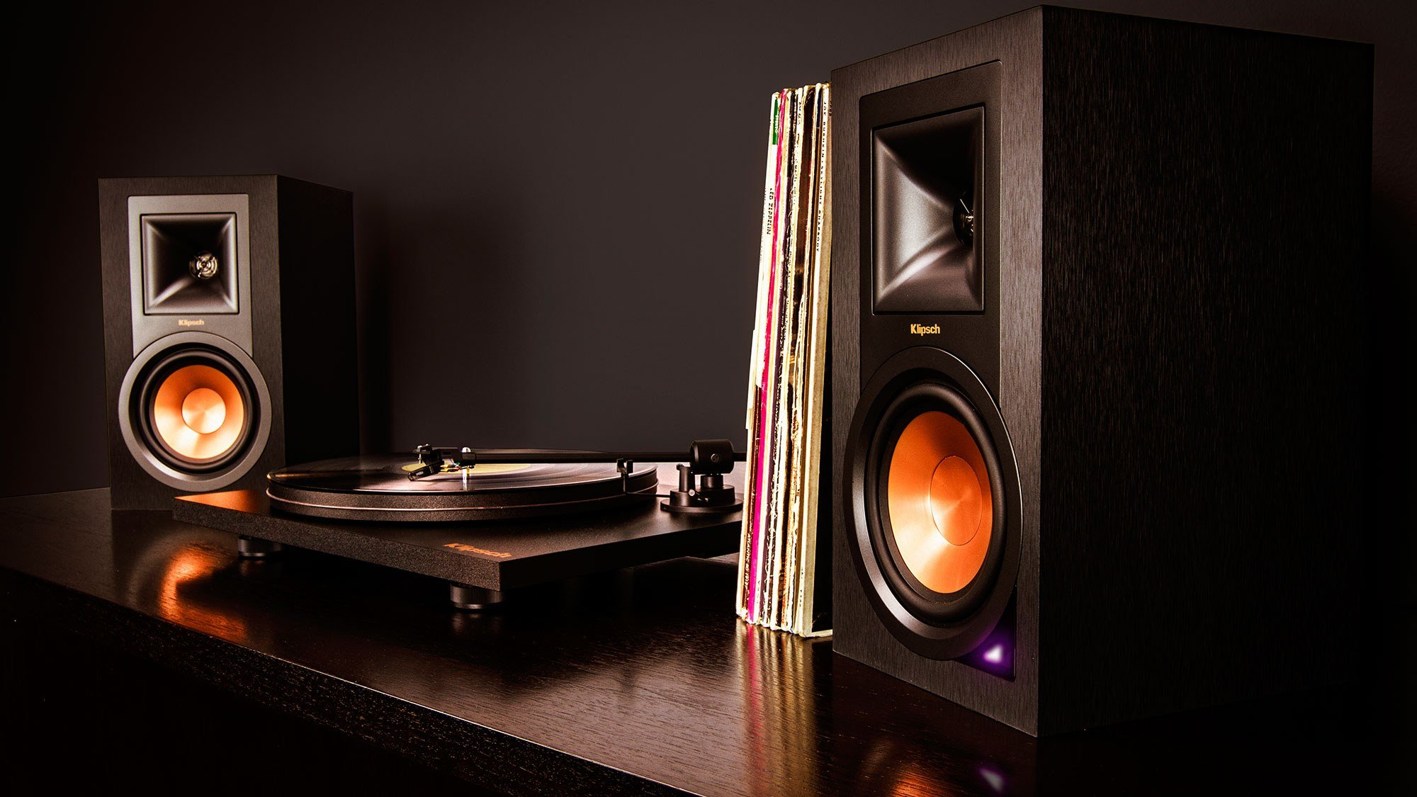 Klipsch R-15PM Stereo Speaker (Pair) and Pro-Ject Primary Turntable Pack