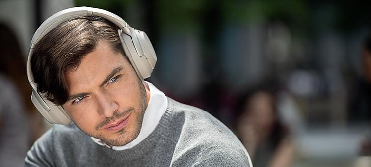 Sony WH1000XM3 Wireless Over-Ear Headphone | Canada