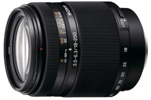 DT 18-250mm F3.5-6.3 Zoom Lens