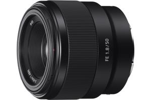 Full-frame E-mount Fast Prime Lens
